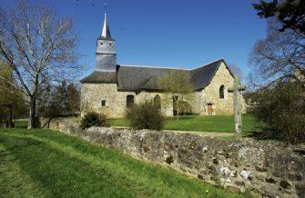 église saint-lubin longaulnay en bretagne romantique
