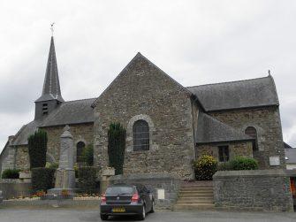 Eglise-St-Martin-de-Tours à Plesder en bretagne romantique