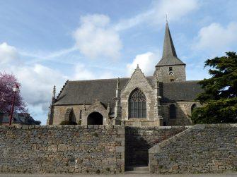 Eglise Saint-Pierre-Saint-Firmin (St pierre de plesguen) en bretagne romantique